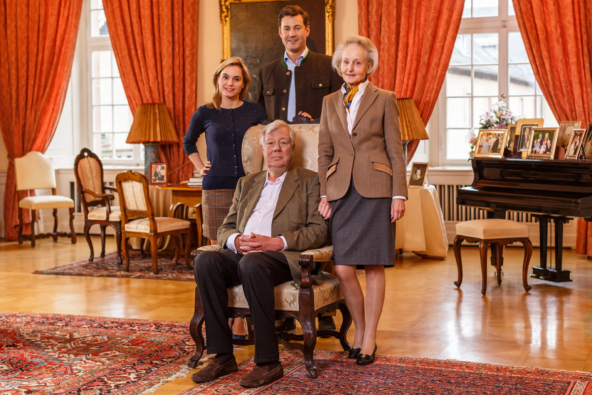 I.I.D.D. Fürst und Fürstin von Isenburg und I.I.D.D. Erbprinz und Erbprinzessin von Isenburg